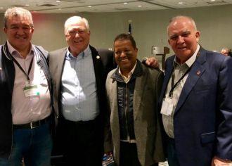 Dirigentes metalúrgicos brasileiros participam do 37º Congresso do UAW em Detroit