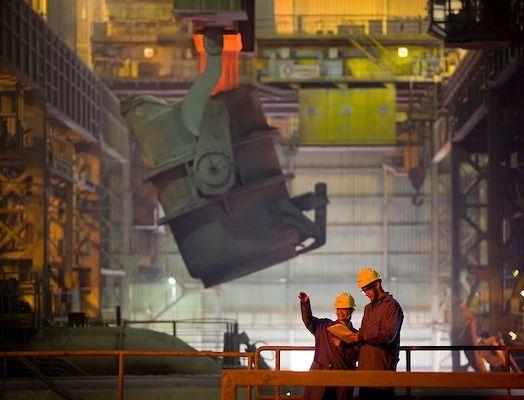 Economia brasileira encolheu 0,81% no trimestre, diz Banco Central
