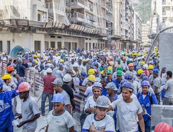 Resultado de imagem para trabalhadores construcao civil obras salvador
