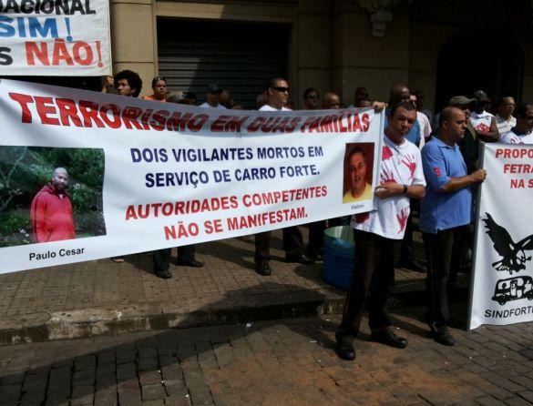 protesto carro forte Ribeirão (2)
