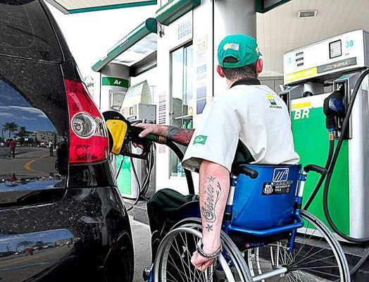 pessoas com deficiência são praticamente invisíveis no mercado de trabalho