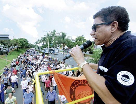 Presidente Joao Passos comanda mobilizacao em Campinas, dia 23 de novembro de 2015