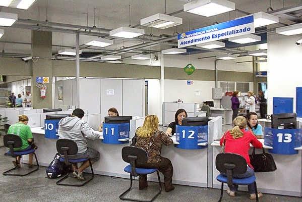 Dobra número de trabalhadores informais contribuintes do INSS