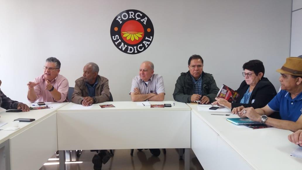 Sindicalistas intensificam mobilização na semana da Greve em defesa da aposentadoria